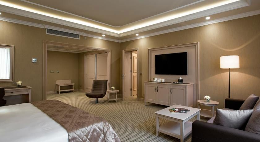 Divan Junior Suite