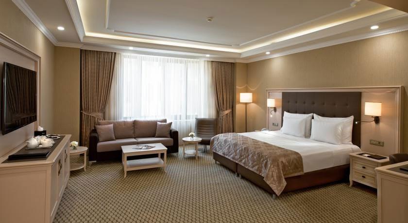 Divan Suite Room