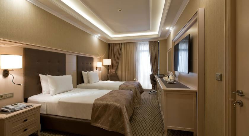 Divan Standard Double Room