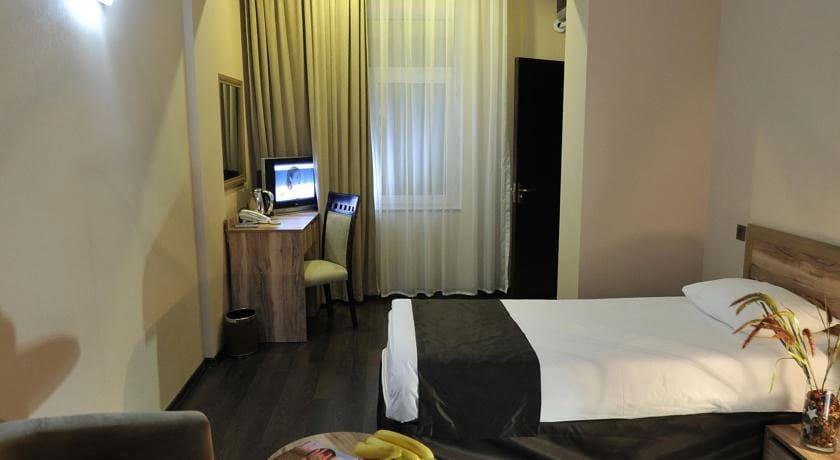 Diplomat Suite Standard Single Room