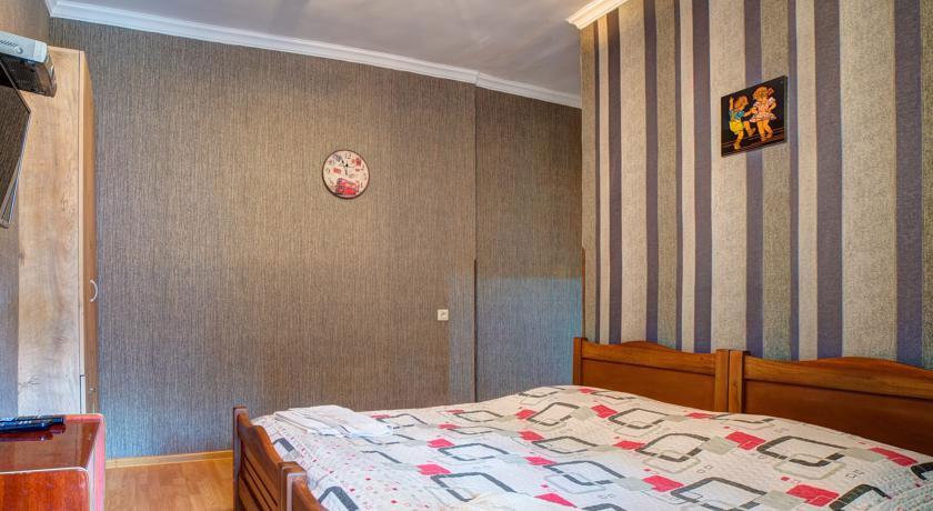Green Hotel Standard Twin Room