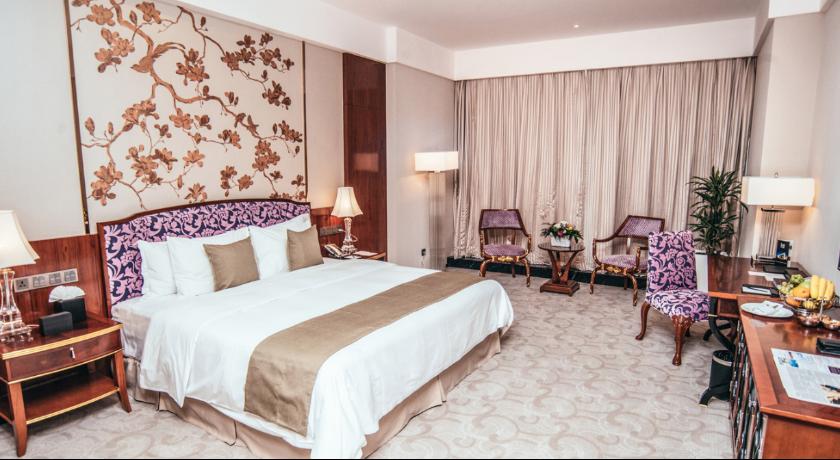 Hualing Standard Single Room