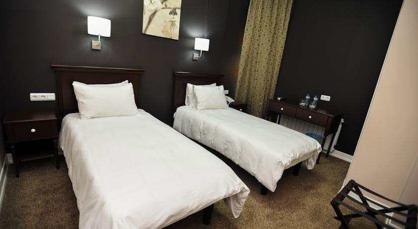 Piazza Inn Comfort Twin Room
