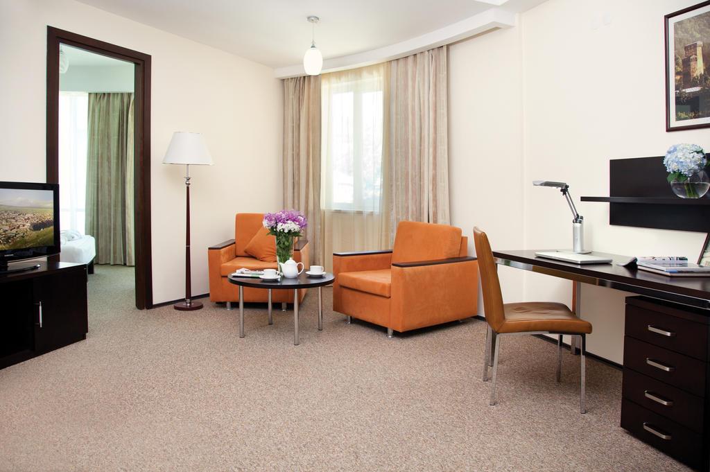 Citadines One-Bedroom Executive