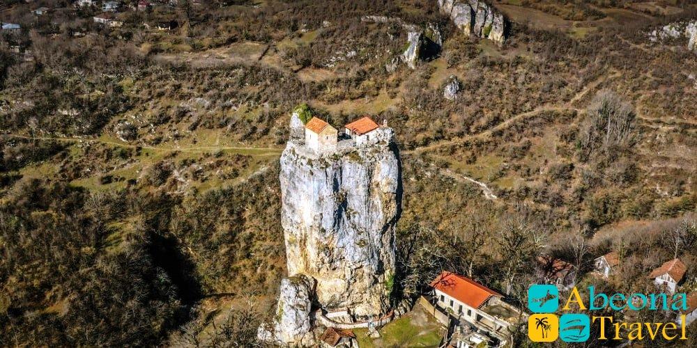 Тур в монастырь Мгвимеви и Столп Кацхи