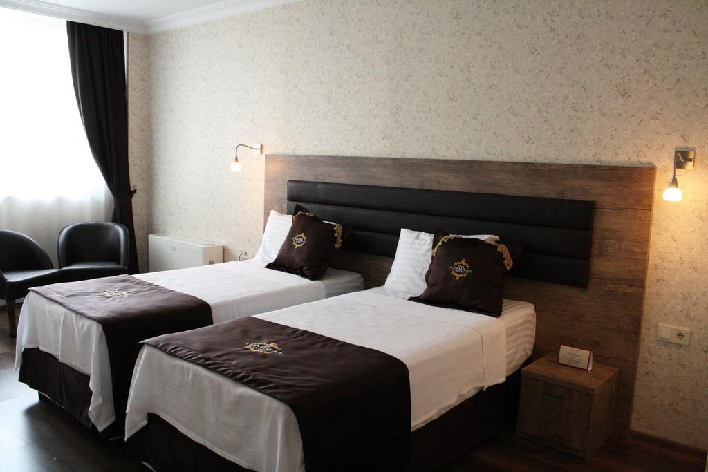 Admiral Standard Double/Twin Room