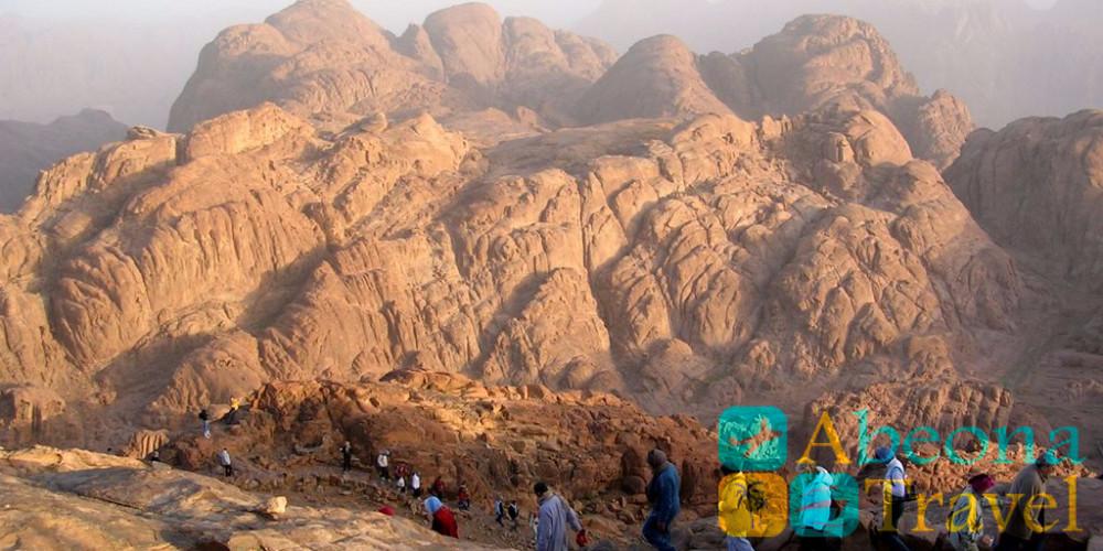 სინაის მთა და წმინდა ეკატერინეს მონასტერი