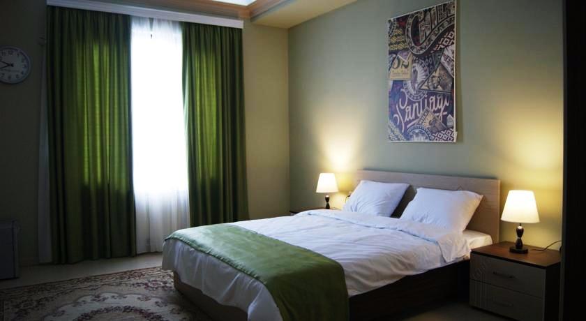 Holland Hoek Suite Room