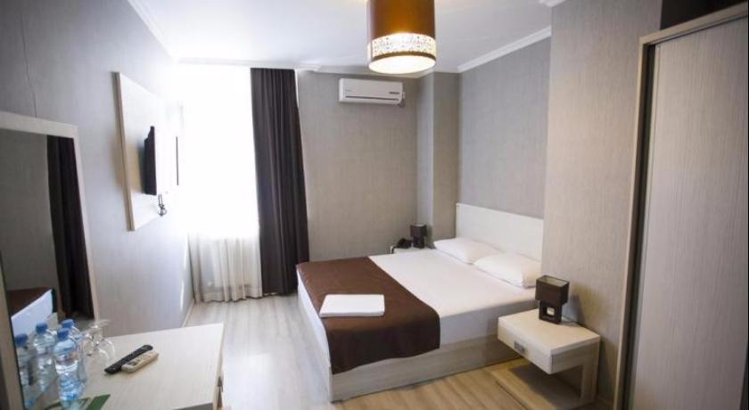 Batus Single Room