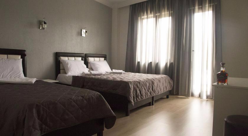 Iberia Standart Triple Room
