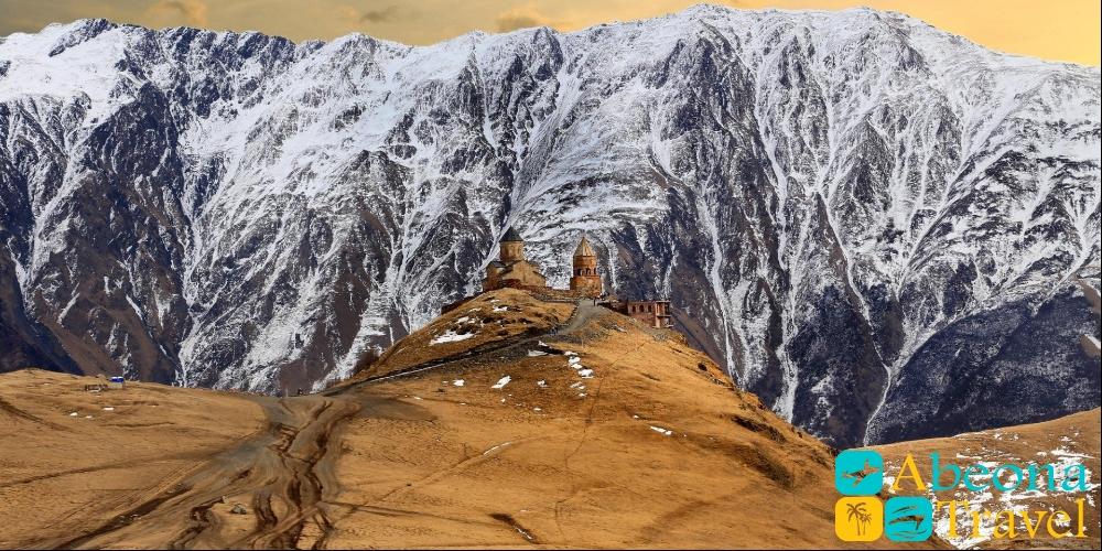 Ананури-Гудаури-Казбеги