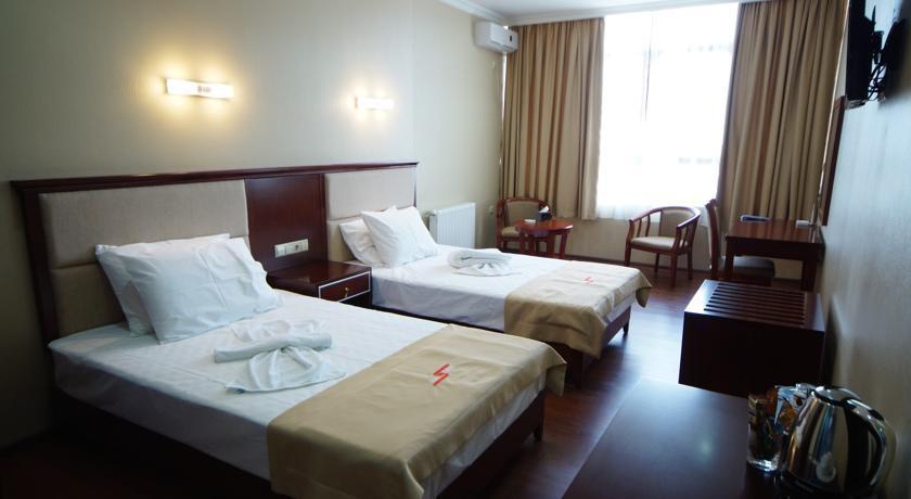 Hotel 725 Standard Twin Room