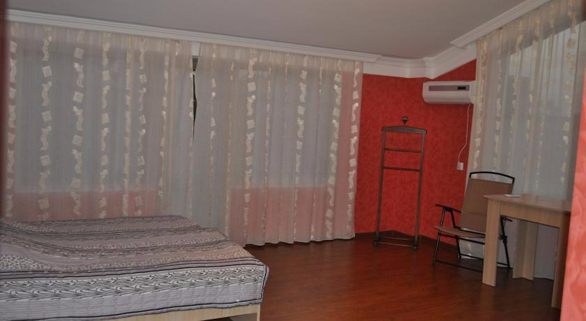 Amigo II Executive Double Room