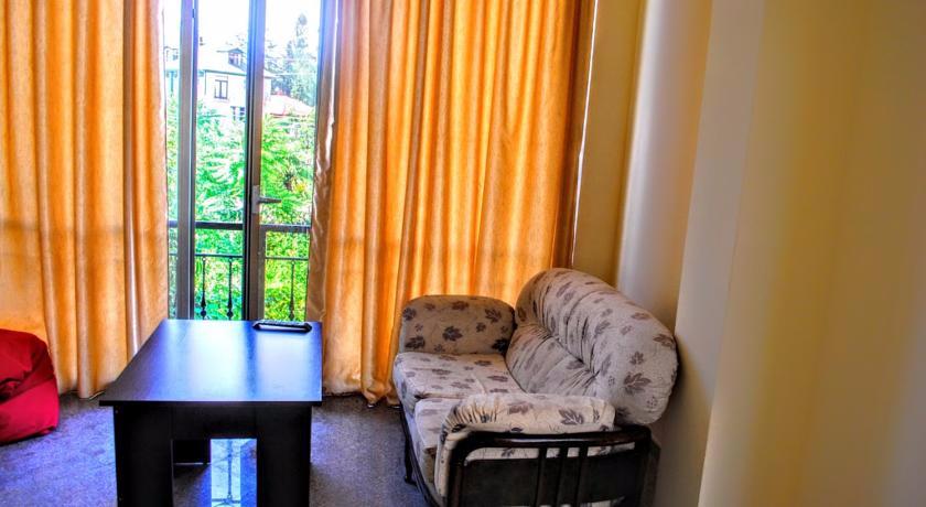 Amigo II Suite Room