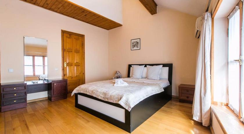 Royal Single Room