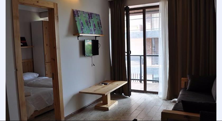 G.M. 2 Rooms Apartment Sea View