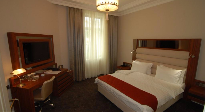 Batumi World Palace Junior Suite
