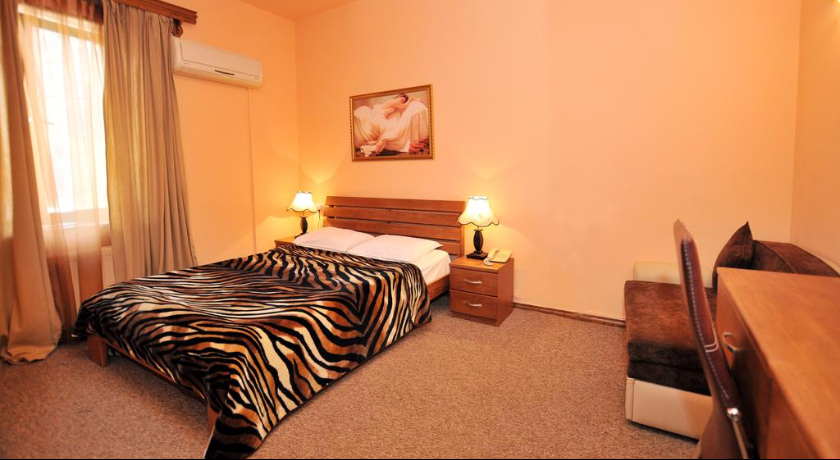 Diplomat Single Room