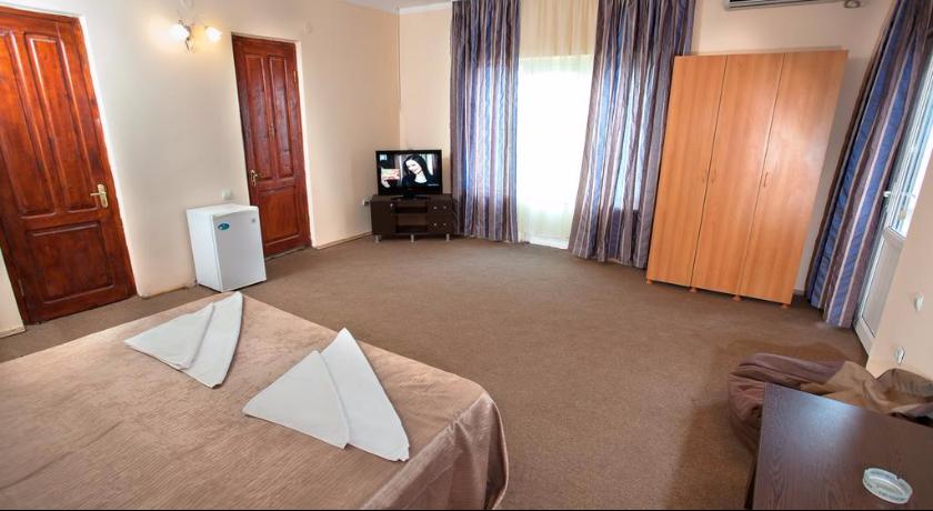 Premium Five-bed Room
