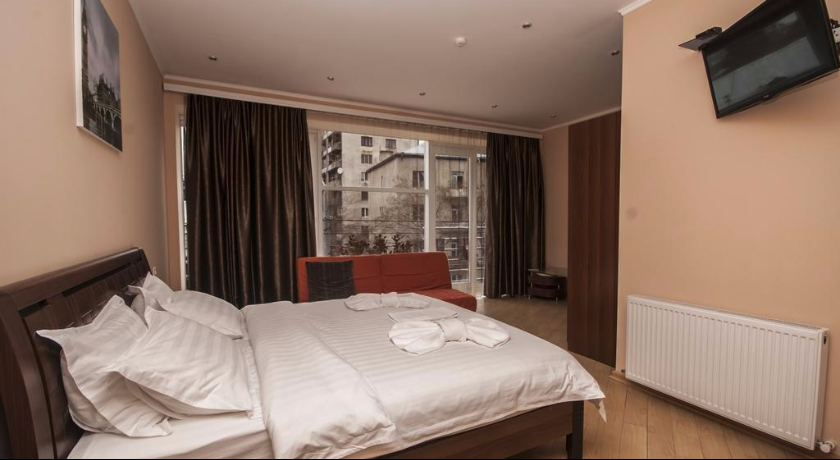 London Junior Suite