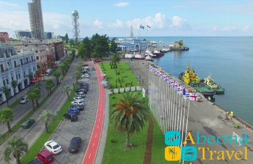 Морской порт и морской вокзал