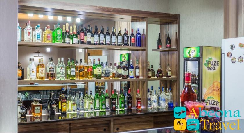 Hotel Astoria Tbilisi bar