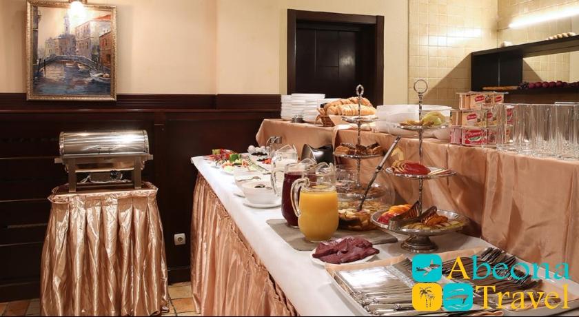 Kalasi Hotel breakfast
