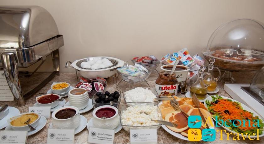 Rustaveli Palace breakfast