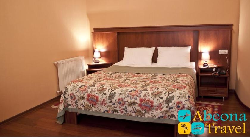 Astoria Hotel Single Room
