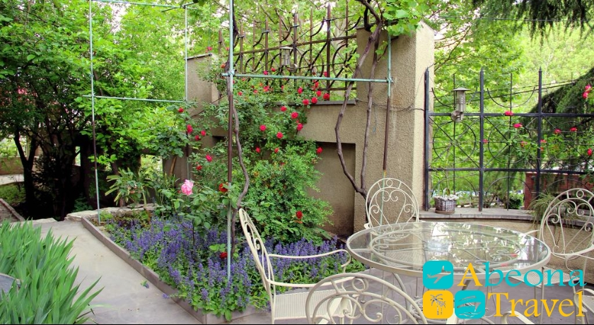 hotel iliani garden