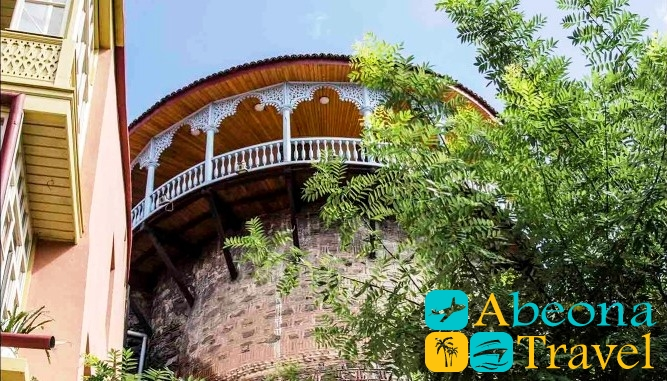dvorec salchino tbilisi