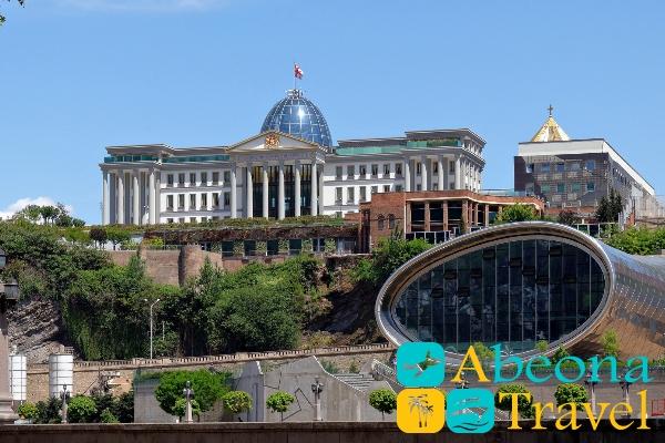 prezidentskiy dvorec v tbilisi