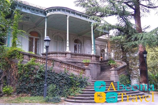 voroncovskiy dvorec abeonatravel