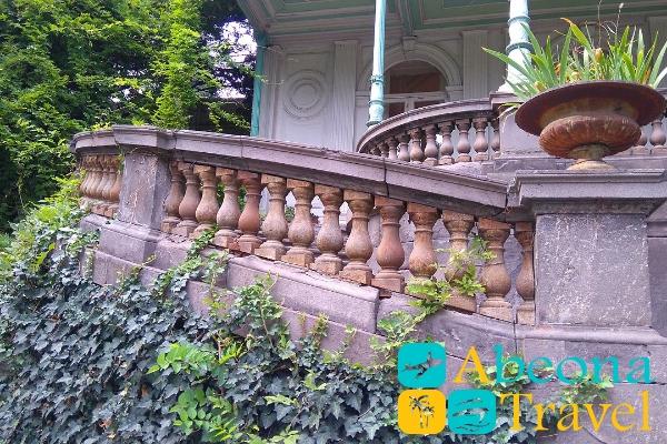 voroncovskiy-dvorec