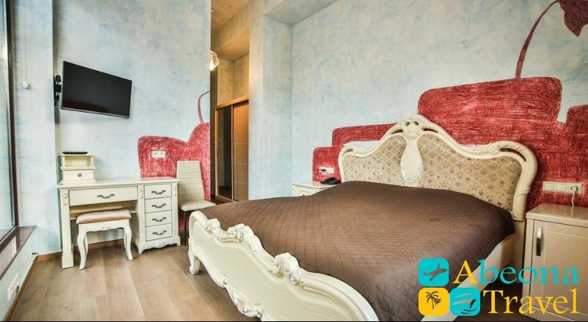 Wine Palace Single Room