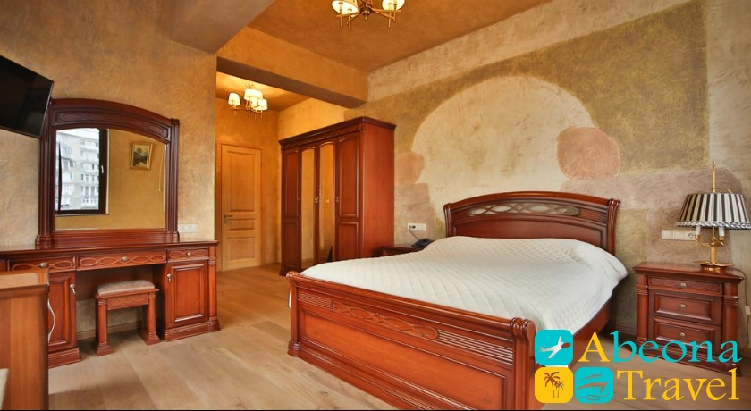 Wine Palace Suite Room