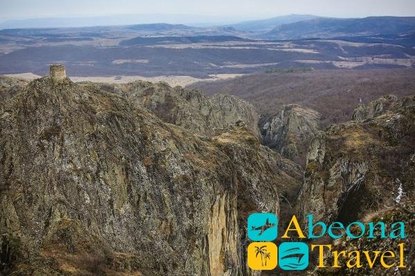 Крепость Биртвиси и каньоны Биртвиси