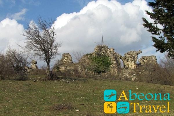 Крепость Сканда грузия