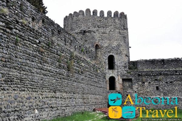 Кварельская крепость грузия
