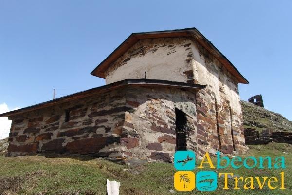Церковь святого Квирикэ и Ивлиты