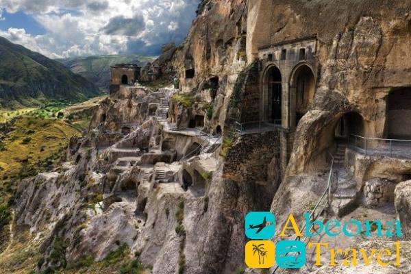 Монастырский комплекс Вардзиа