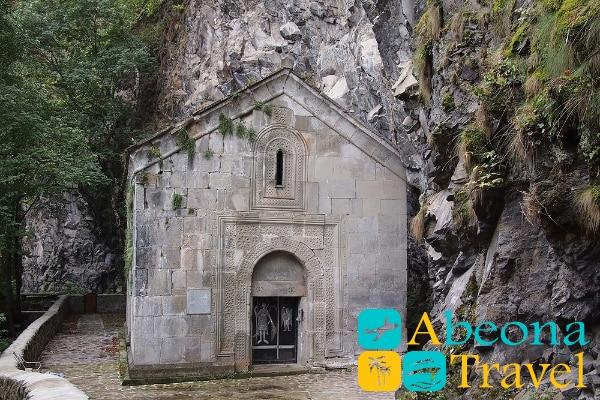 церковь Святого Георгия в даба