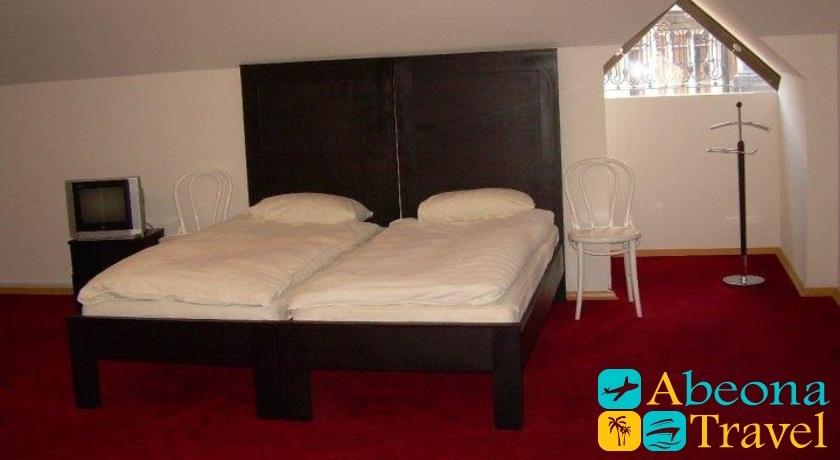 Pirosmani Standard Double Room